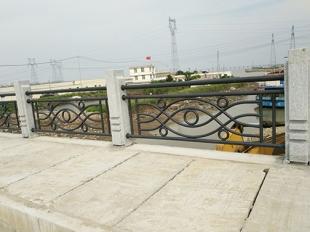 路桥护栏-实物展示